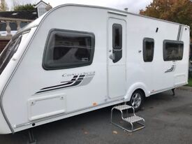 SWIFT CHALLENGER 540 WITH MOTOR MOVER. 2009 FIXED BED CARAVAN