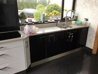 Immaculate kitchen with granite work surfaces for sale (will need to be removed)