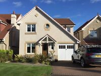 Detached 4 bed villa. Ideal family home. Immaculate walk in condition. Viewing highly recommended