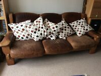 Solid Oak Leather Settee/Couch and 2x matching Armchairs