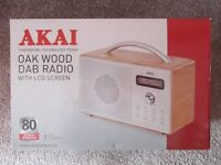 AKAI Oak Wood DAB Digital/FM Radio Ex Display Model Mains/Battery Alarm/Sleep Timer