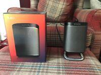 Sonos Play:1 with Flexson Stand and original box