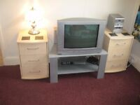 Flat to let , Palatine Road , Central Drive End . 1st Floor front . Furnished / Equiped . One bed .