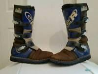 Trials boots novogar rage size 6
