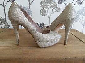 Size 6 next shoes. Beige / gold colour. Only worn once
