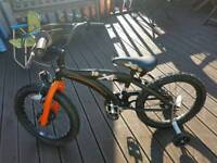 """Boys xt 18"""" bike"""