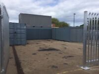 Garage Yard to rent