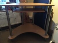 Corner desk beech veneer