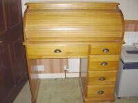 Beautiful PINE Roll Top BUREAU-DESK. Excellent Condition-Would grace any Lounge, Study or Office.