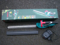 bosch lithium ion hedgecutter ahs48Li weight only 2.2kg inc charger & battery NEW