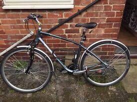 Giant Cypress Unisex Hybrid Bike - BARELY USED!