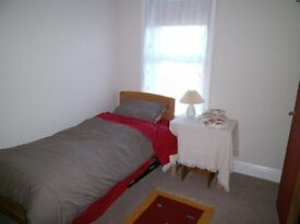 Spacious Room available with Single bed