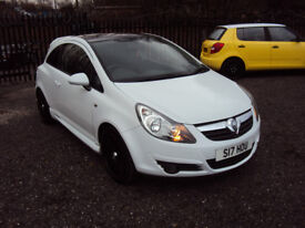 VAUXHALL CORSA 1.2i 16v LIMITED EDITION WHITE 3DR A/C 2KEY LOW MILES LADY OWNER AUX AMP CD MOT F.S.H