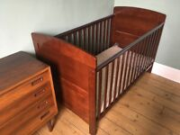 Secondhand, very good condition cotbed