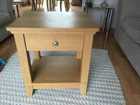 Oak Herefoss side table.