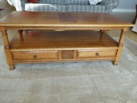 Beautiful solid wood coffee table in excellent condition.