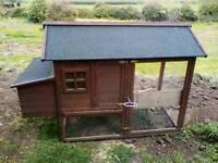 Chicken hut and run