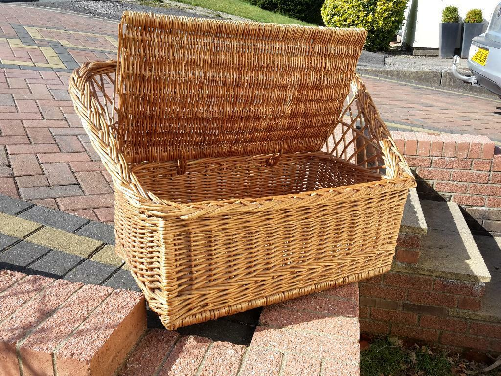 Childs Wicker Seat Storage