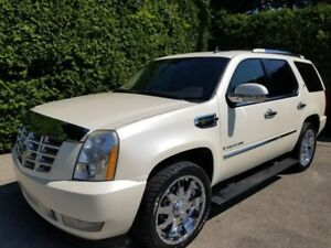 2009 CADILLAC ESCALADE HYBRID WHITE PEARL 22' MAGS (OPTION +++)