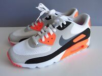 100% Genuine New Nike Air Max Essential. UK 9. Will post anywhere in UK. Ebay seller.