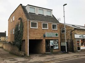2 Bed First Floor Flat, High Street, Sawston £750PCM Available From April 3rd