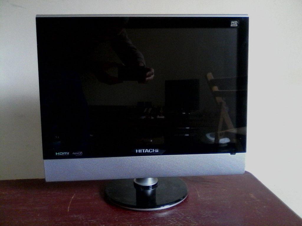 HITACHI 19 INCH HD READY TV MODEL: HIT19WDVB