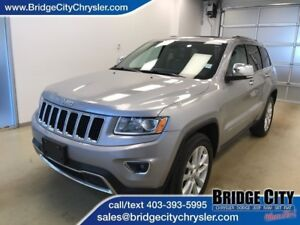 2014 Jeep Grand Cherokee Limited- Backup Cam, sunroof, leather!