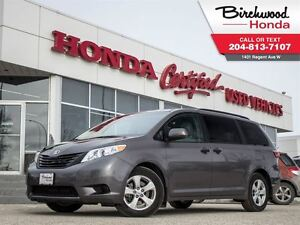 2016 Toyota Sienna LE ** SPRING CLEARANCE PRICING ON ALL PRE-OWN