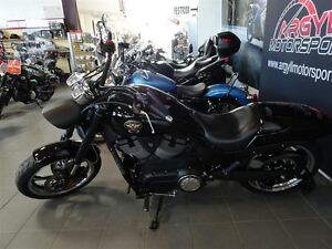 2012 Victory Motorcycles 8-Ball Hammer