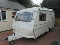65th anversiary 1997 carlight caravan with moter mover as showroom condtion