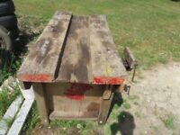 Small work bench with Vice