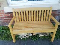 Gaeden bench