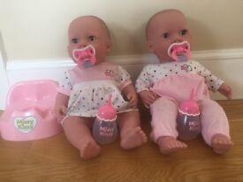 2 missy kissy baby dolls