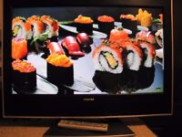 CHEAP TV LCD FLAT SCREEN TOSHIBA 32 INCH HD READY HDMI FREEVIEW