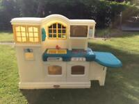 Little Tikes Country Kitchen complete with play food