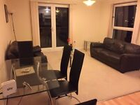 Double room in modern flat - En suite