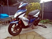 Blue& white moped Kymco motorbike (2014) good condition