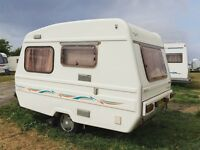 Freedom Sunseeker (2000) 3 to 4 Berth Caravan w/ Motor Mover & 2x Awning