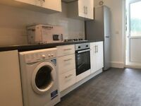 Amazing 2 Bedroom Ground Floor Flat in Kensington Avenue, London, E12