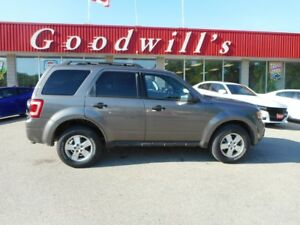 2012 Ford Escape XLT! HEATED LEATHER SEATS!