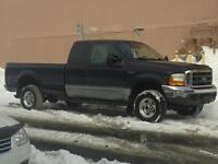 2000 Ford F-250 Solid acxel Camionnette