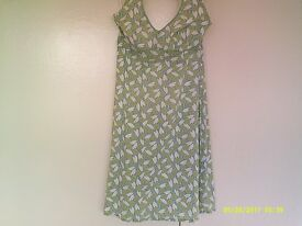 Boden halterneck dress. Good condition. Size 10L.