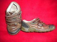 Boy's Clarks shoe size 7F