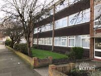 Large 2 Bedroom 1st Floor Flat In Ilford, IG1, Newly Refurbished,Double Bedrooms & Separate Kitchen