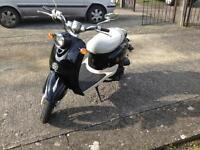 Retro Style scooter 50cc. PRICE DROP
