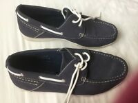 Cotton traders navy boat shoes men's size 7