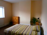 Clean double rooms to let