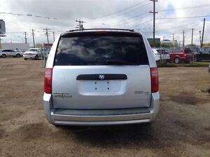 2009 Dodge Grand Caravan Stow-N-Go!! Low Monthly Paymnets!! Appl Edmonton Edmonton Area image 4