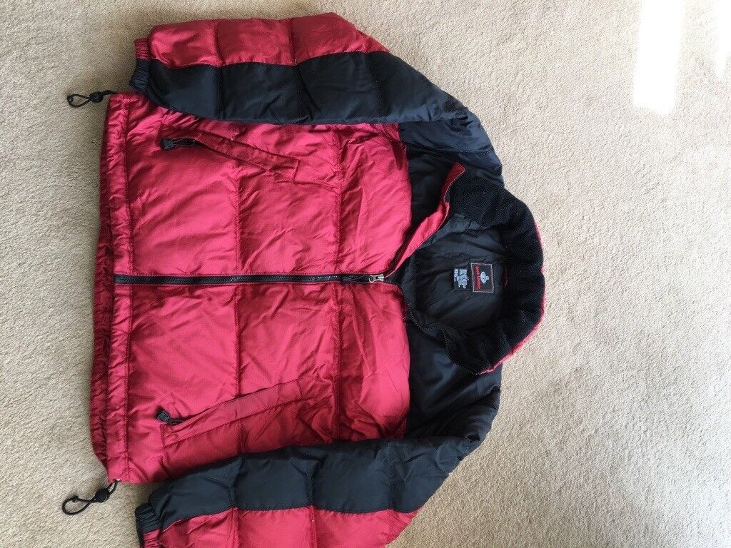 Down puffer jacket.. M