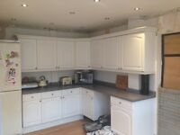 Kitchen units / worktop and sink for sale